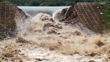 Dam Breaking
